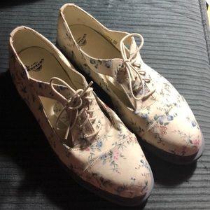 Doc Martens shoes woman's size 11